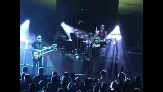 "CHICKENFOOT ""Something Going Wrong"" Live 5-12-2012"