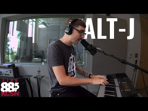 Alt-J || Live @ 885 KCSN ||
