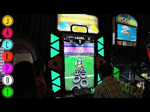 JACKPOT ARCADE WIN By 11 Year Old Kid! Gridiron Blitz Arcade Redemption Game