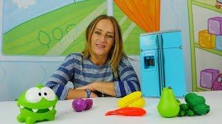 Om-Nom hat Karies -Spielsachen für Kinder