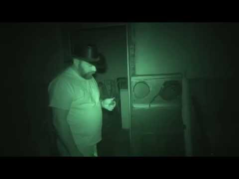 Paranormal AfterParty Season 2 Episode 8, Falls Port Inn par