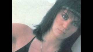 Joan Jett / The Runaways - You Drive Me Wild (subtitulos español)