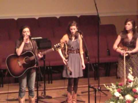 The Peasall Sisters - When God Dips His Love in My Heart