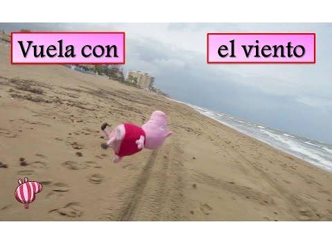 Peppa Pig vuela con el viento en la playa | Vídeos de Peppa Pig en español