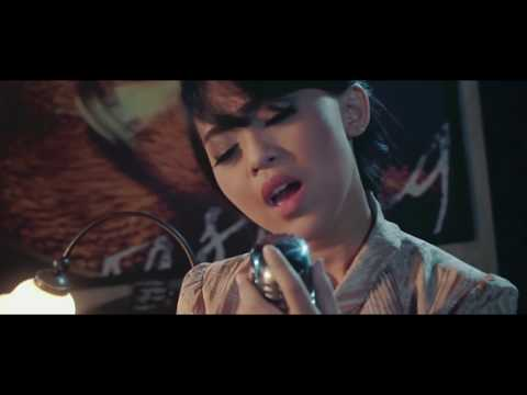 kania-tenda-biru-official-music-video