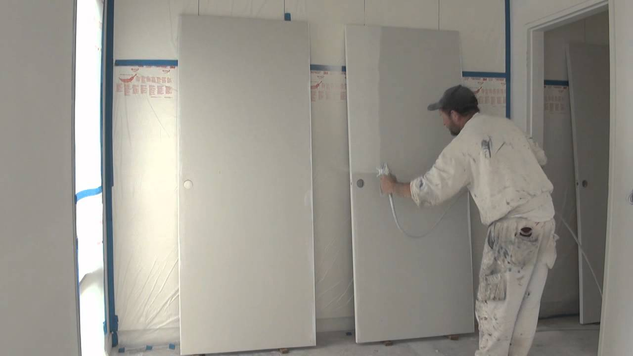 Spray Painting A Door Using A Graco Airless Spray Gun Or Paint Sprayer.    YouTube