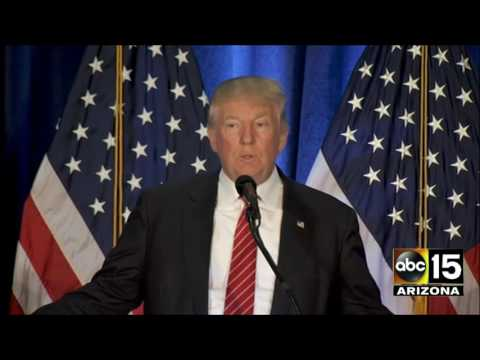 Donald Trump says Hillary Clinton wants to be America's Angela Merkel - Youngstown, OH