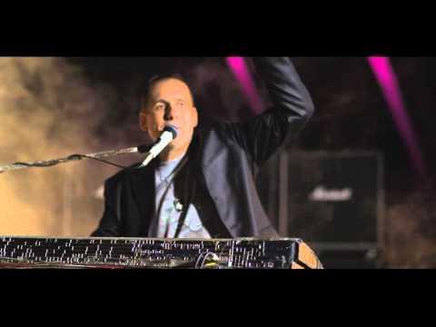 Amadeus Band - Miris Beograda - (Official Video 2015) HD