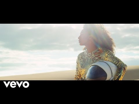 Corinne Bailey Rae - Been To The Moon (Official Video)