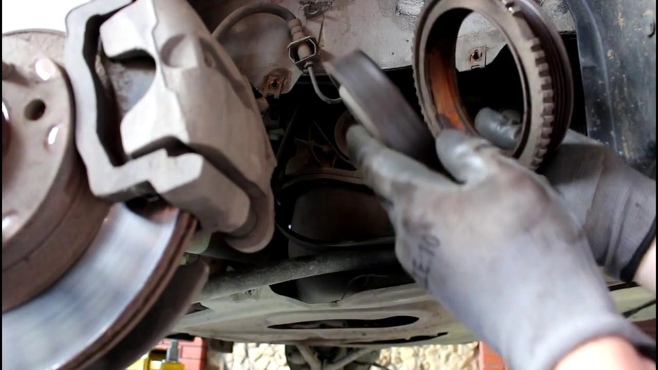LADA Priora Лада Приора 21126 2013 года Замена шкива коленвала и ремня генератора
