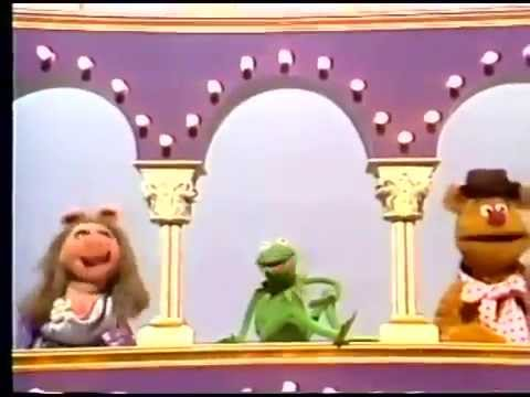 The Muppet Show - It's the Muppets! Intro