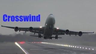 Passenger planes dealing with crosswind