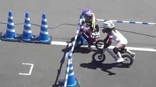 Bike RUN - (Kids Edition) Riding a bike without pedal