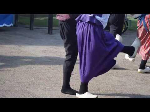 Golden Angel dance - Dutch Dance with wooden shoe -- Holland MI USA