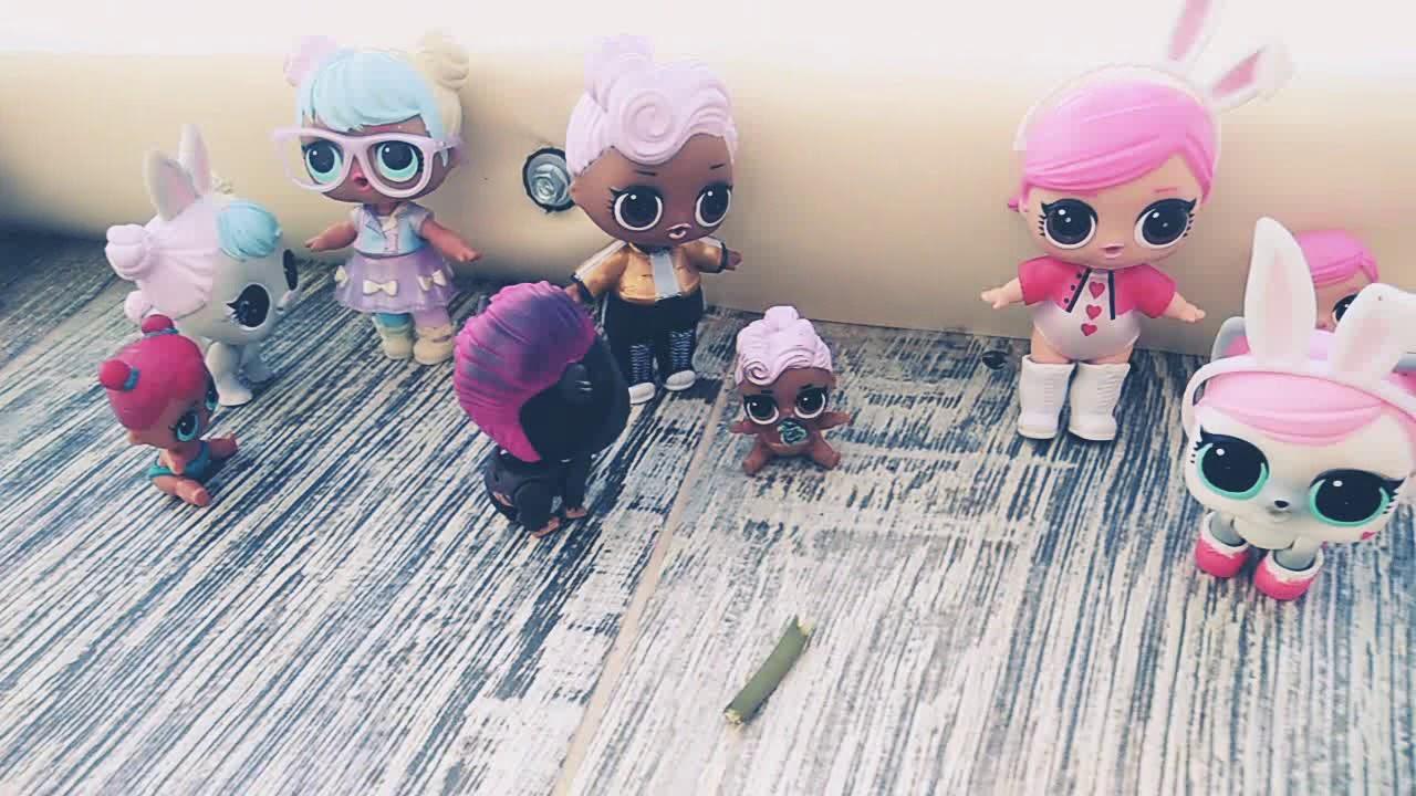 Куклы лол мини ситрички играют с питомцами. Дресеруют их ...