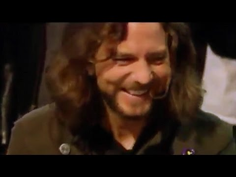 Pearl Jam Laugh At Their Old 'Alive' Video