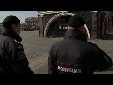 Еще почти 1800 новых случаев заболевания коронавирусом зафиксировано в России.