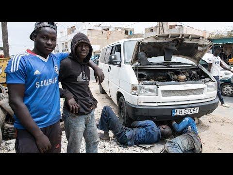 How to repair a car in Africa? // Jak naprawić auto w Afryce? [Napisy PL]