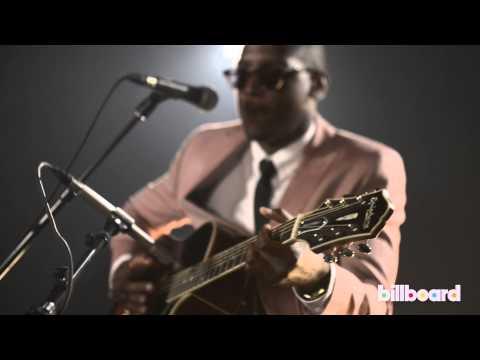 "Labrinth - ""Beneath Your Beautiful"" Live @ Billboard Studios"