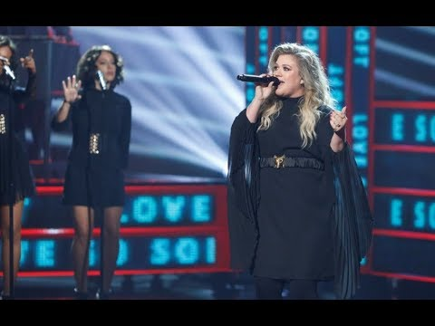 Kelly Clarkson // Love So Soft LIVE on the America's Got Talent FINALE 2017