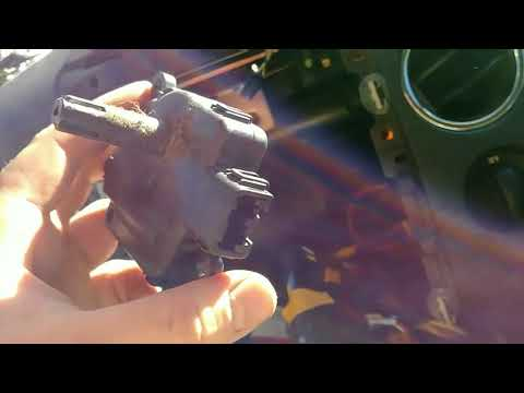 How to replace a temperature blend door motor/actuator on your 2007 ford f150