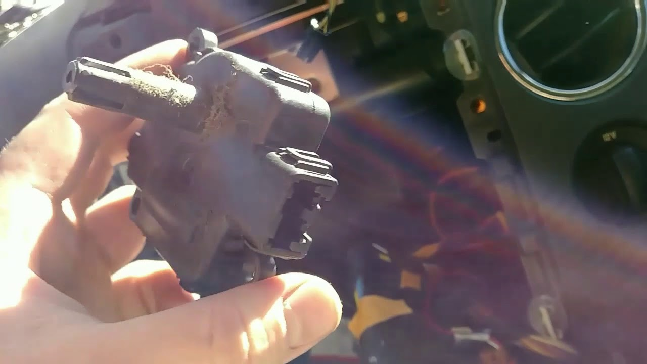 How To Replace A Temperature Blend Door Motor  Actuator On Your 2007 Ford F150