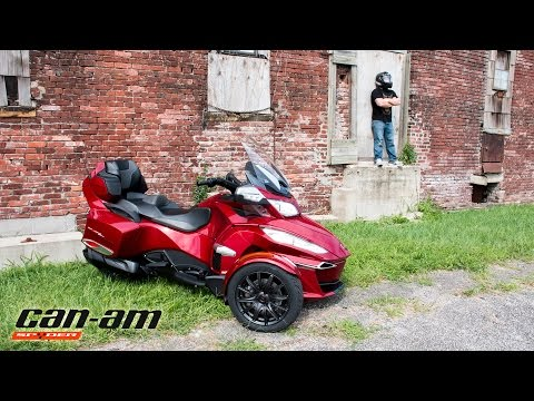 2016 Can-Am Spyder RTS - Show Chrome Accessories Project Part 2