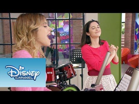 Violetta: Momento Musical: Violetta interpreta en el piano