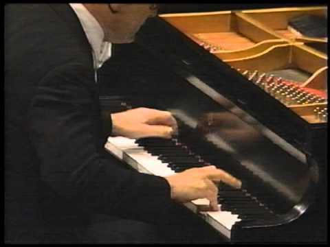 ALFRED BRENDEL - BEETHOVEN PIANO CONCERTO NO. 5