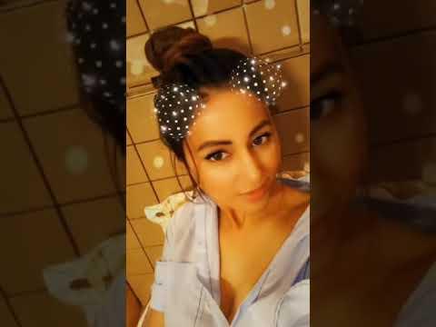 Hina Khan boobs thumbnail