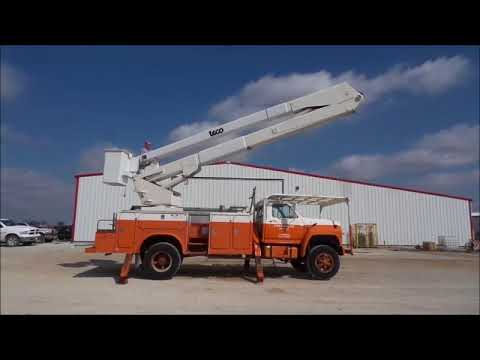1985 Ford F800 bucket truck for sale | no-reserve Internet auction October  12, 2017