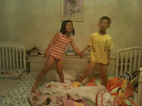 andy cindy sang on bed