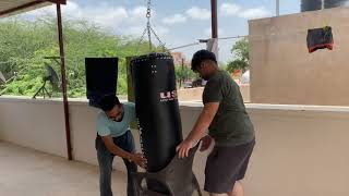 Watch quot Unboxing USI Bag Everlast Gloves amp Hand wraps How to tie a Boxing Hand Wrap quot