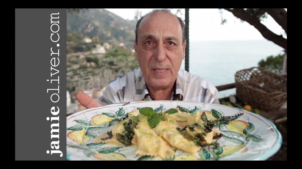 Download Gennaro makes Ricotta Ravioli