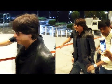 Shahrukh Khan Leaves To Dubai For JHMS Promotion, Spotted At Airport
