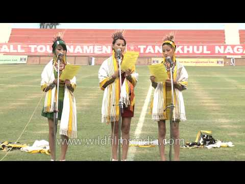 "Tetseo Sisters sing ""Carry your candle"" in Delhi : impromptu live performance"