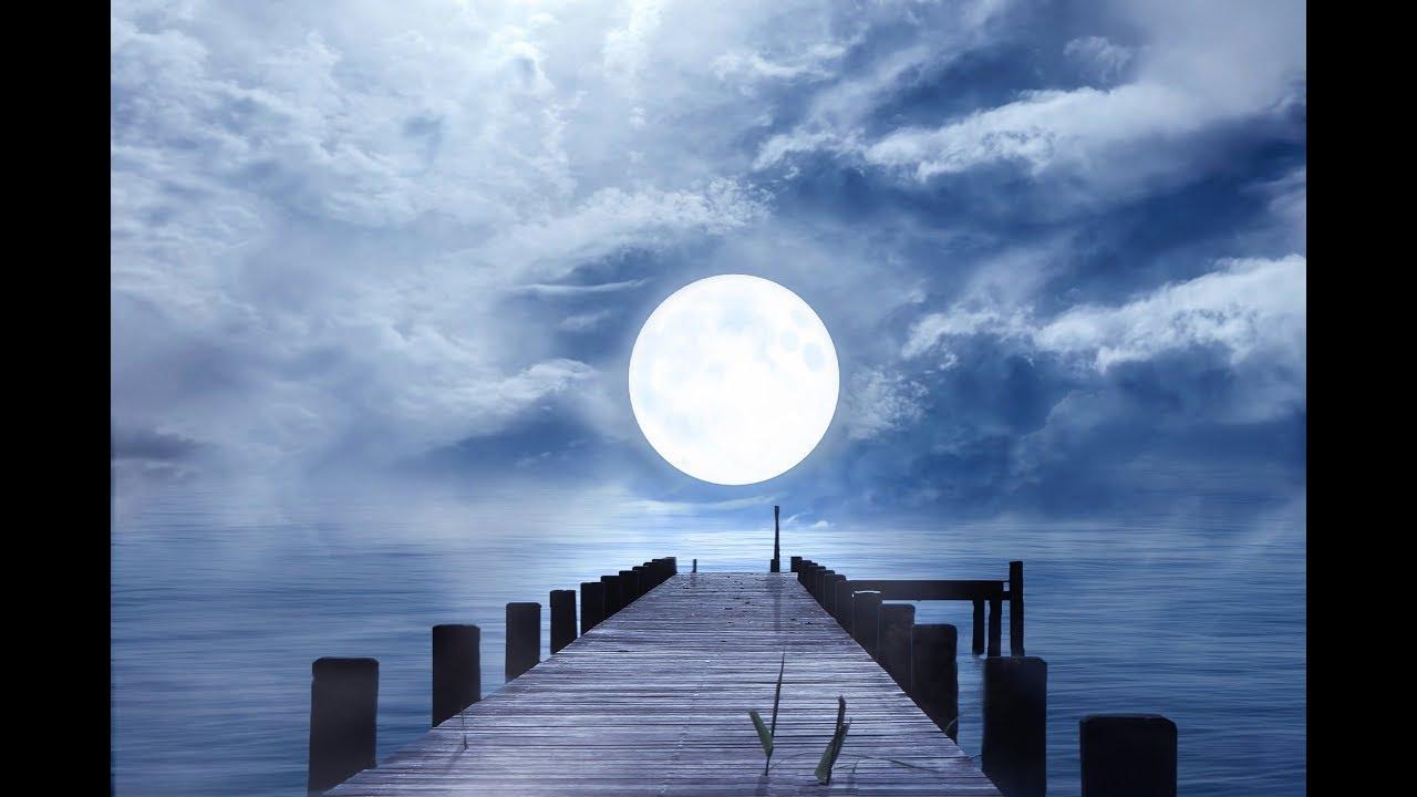 Луна-искусственный спутник?