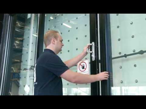 Wide Load Sign >> Reynaers Aluminium - Air-, wind-, water tightness testing ...