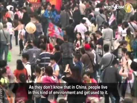 Uncivilized Chinese Tourists Provoke Outrage Abroad