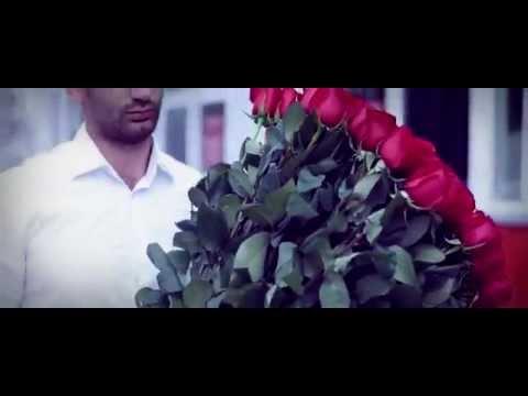 Один из поводов, чтобы подарить букет из 101 розы. Смотреть всем!