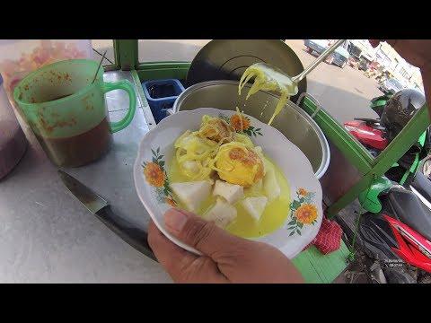 Indonesia Tangerang Street Food 2777 Part.1 Ketupat Sayur Ki Asnawi YDXJ0114