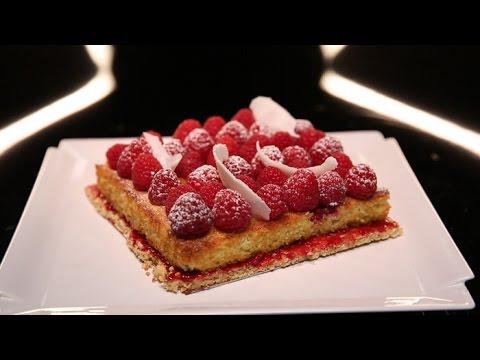 tarte-aux-framboises-et-moelleux-coco-par-christophe-michalak-(#dpdc)