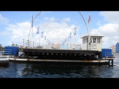 Willemstad, Curaçao - Queen Emma Bridge HD (2016)
