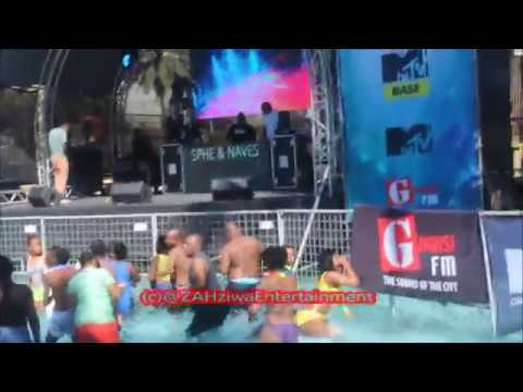 Omunye Phezu Komunye Dance Moves   Distruction Boyz