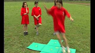 Федерация легкой атлетики подарила школе №11 спорт-инвентарь