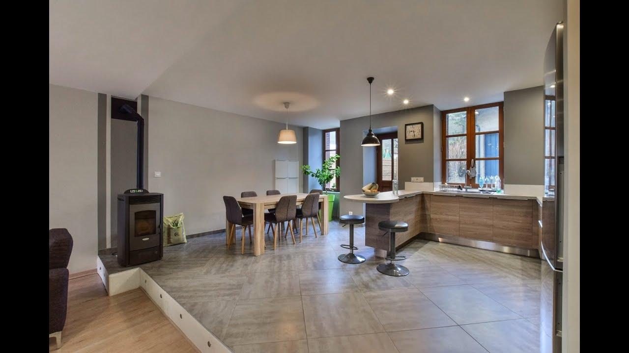 a vendre virieu 38730 maison r nov e 100m avec cour et d pendance youtube. Black Bedroom Furniture Sets. Home Design Ideas