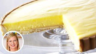 Anna Bakes a DELICIOUS Lemon Tart!