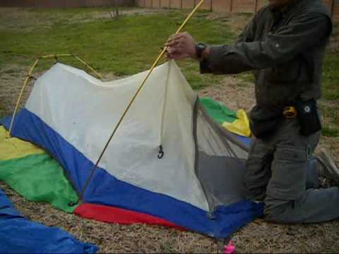 Ten Minute Tent Sierra Designs Clip Flashlight 2 Backpacking Tent Pitch - YouTube & Ten Minute Tent: Sierra Designs Clip Flashlight 2 Backpacking Tent ...
