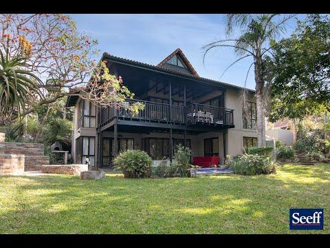 R4,750,000-7 San Hills Street, Seaward Estates-4 Bed Villa FOR SALE-Beautiful Private Setting