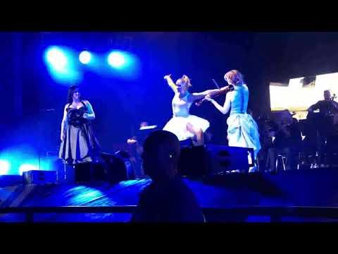 Lindsey Stirling feat. Amy Lee - Shatter Me (Live - Legendado)